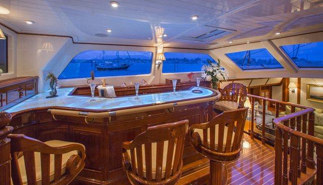Whisper Charter Yacht - 4