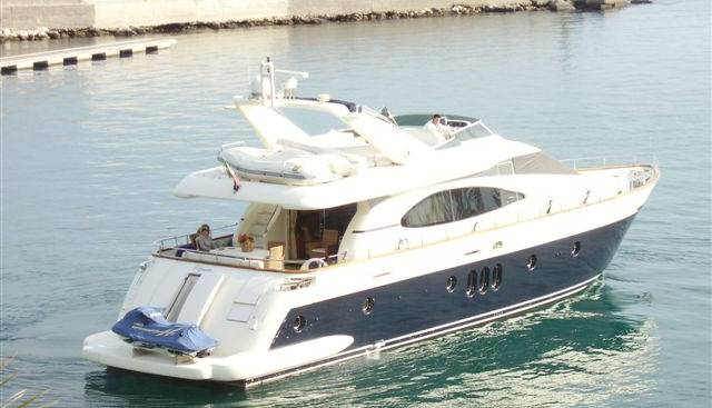 Copia 3 Charter Yacht