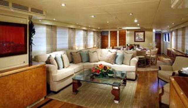 Lady Arlene Charter Yacht - 6