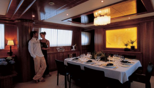 Hunter Charter Yacht - 8