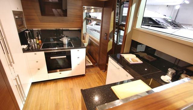 Minx Charter Yacht - 8