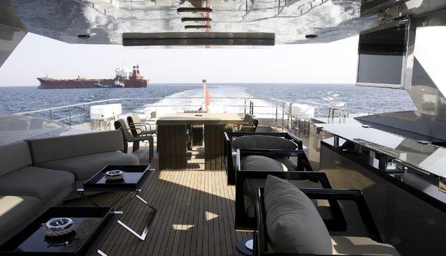 Tee-Dje Charter Yacht - 7