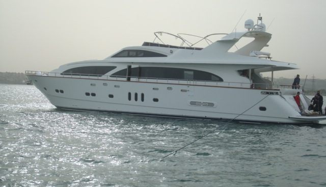 Miss Behaviour Charter Yacht