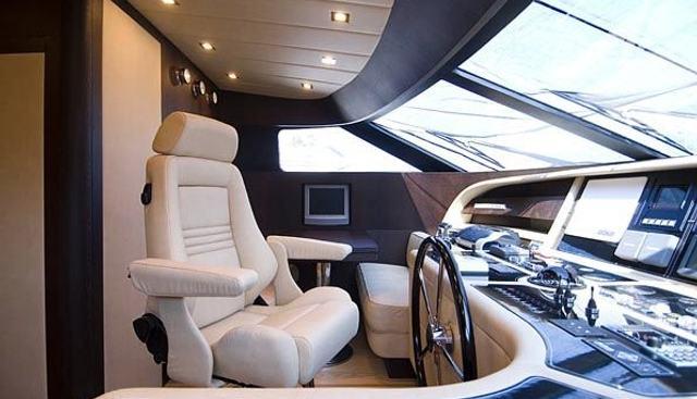 Ma & Ma Charter Yacht - 4