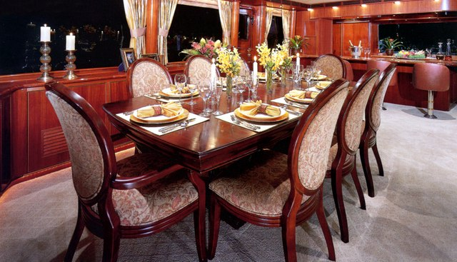 Forty Love Charter Yacht - 6