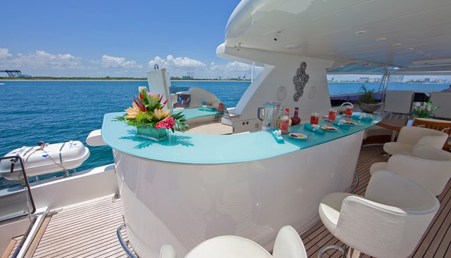 Diamond Girl Charter Yacht - 3