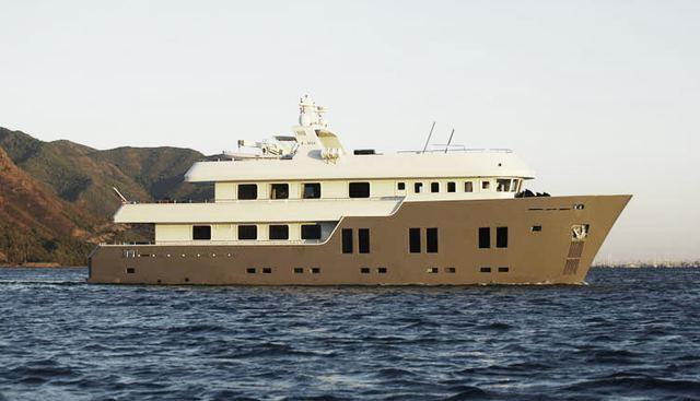 B-Nice Charter Yacht