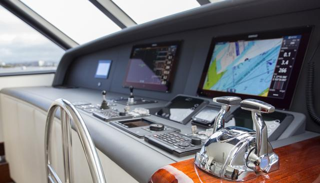 Laura J Charter Yacht - 8