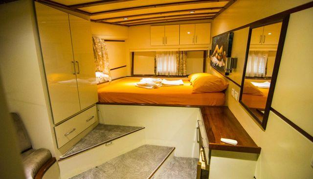 Azura Charter Yacht - 7