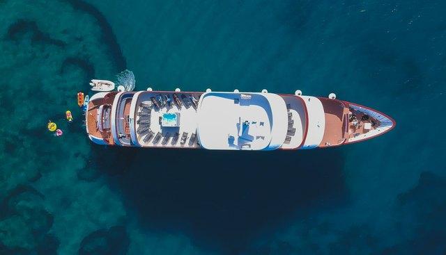 Yolo Charter Yacht - 5