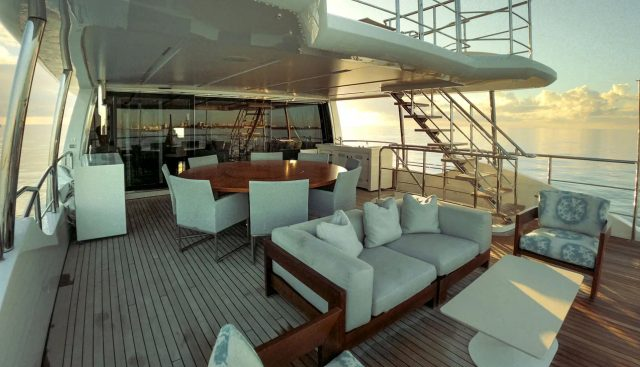 Cool Breeze Charter Yacht - 4