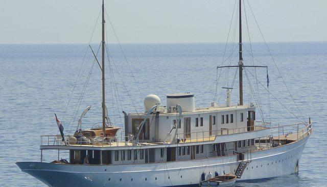 Madiz Charter Yacht