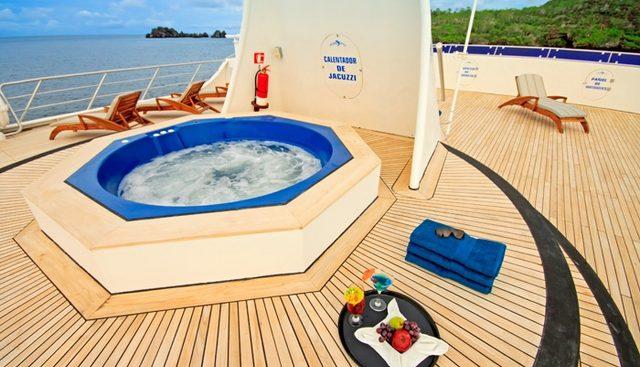 Ocean Spray Charter Yacht - 2