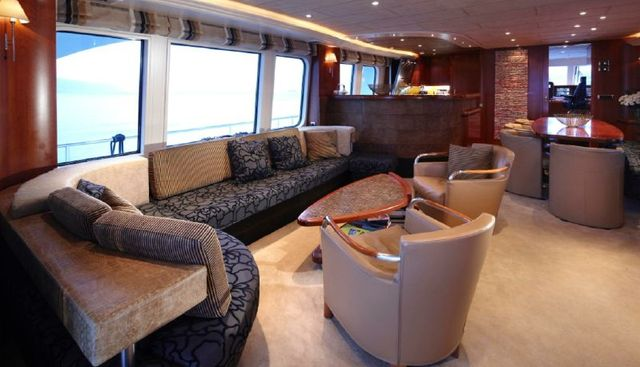 Moon River Charter Yacht - 7