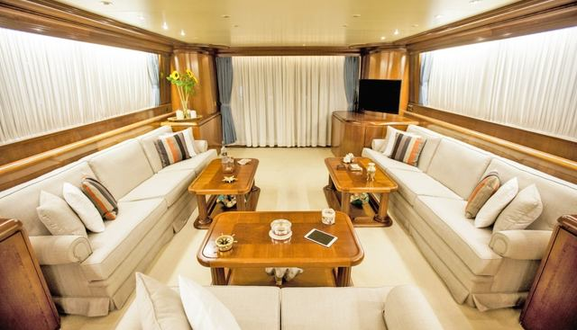 Venus Vistoria Charter Yacht - 7