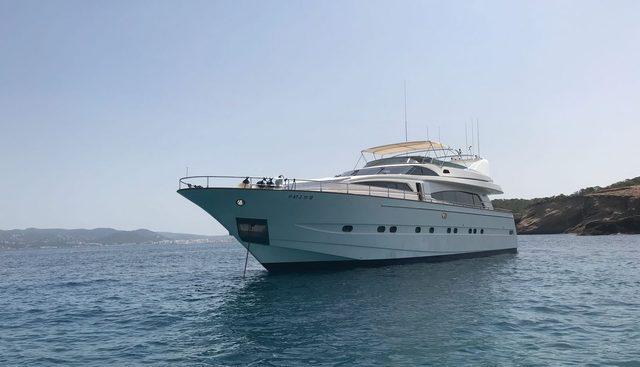 B3 Charter Yacht - 5