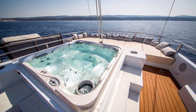 Aiaxaia Charter Yacht - 2
