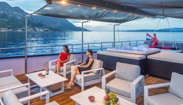 Rara Avis Charter Yacht - 4