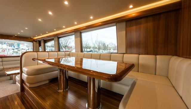 18 Reeler Charter Yacht - 6