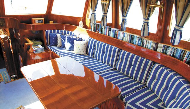 Queen Of Peace Charter Yacht - 4