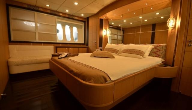 Sakura Charter Yacht - 7
