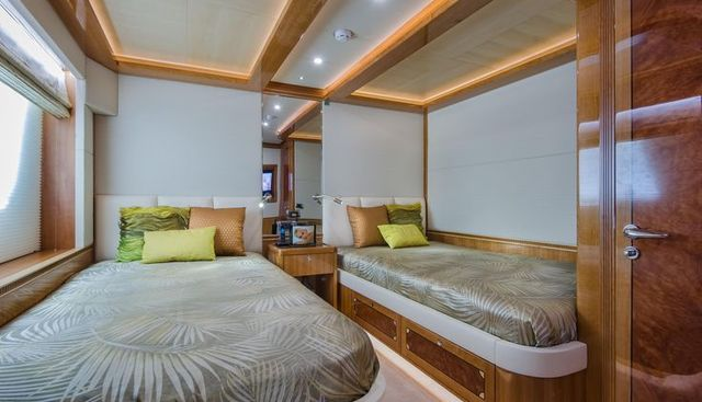 Obsession Charter Yacht - 8