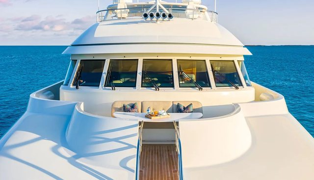 Pure Bliss Charter Yacht - 2