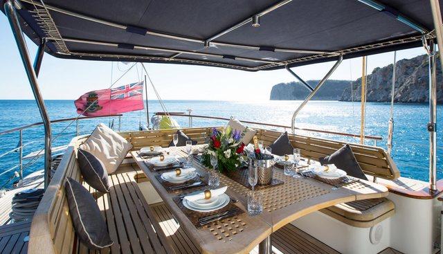 Infatuation Charter Yacht - 4