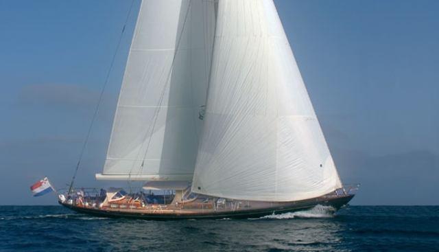 Kanteera Charter Yacht