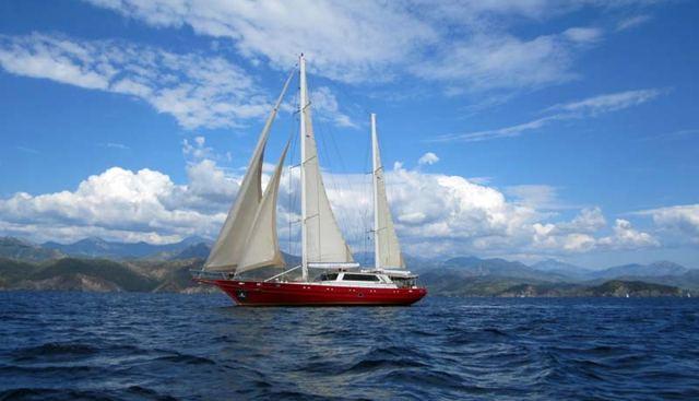 Handem Charter Yacht - 2