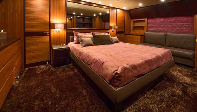 Blooms Charter Yacht - 8