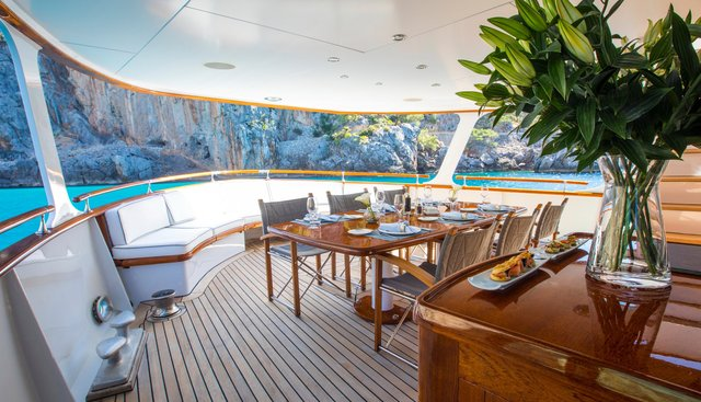 Heavenly Daze Charter Yacht - 6