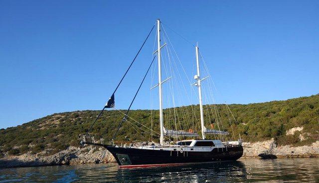 Didi Charter Yacht