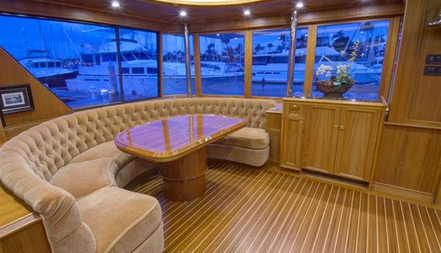 Life of Riley Charter Yacht - 6