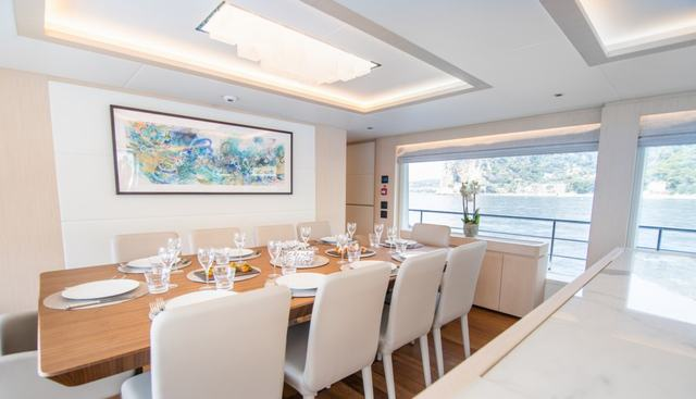 Isla Charter Yacht - 7