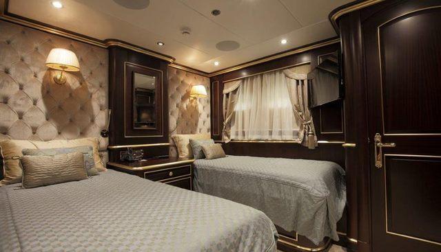 Status Quo Charter Yacht - 7