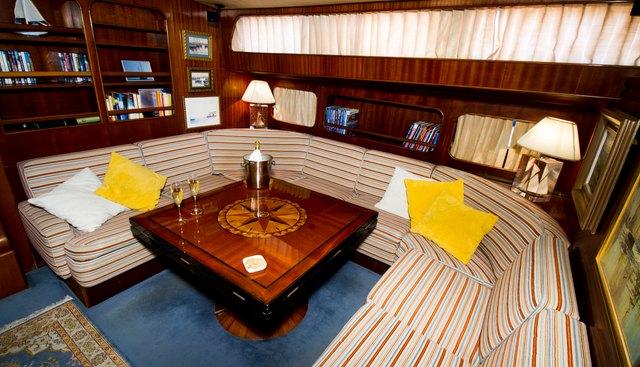 Agarimo 5 Charter Yacht - 7