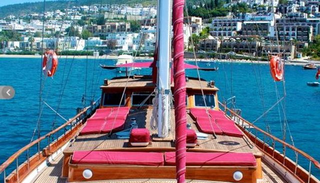 IL FRATELLO Charter Yacht - 3
