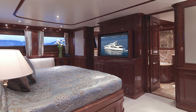 Enchantress Charter Yacht - 7