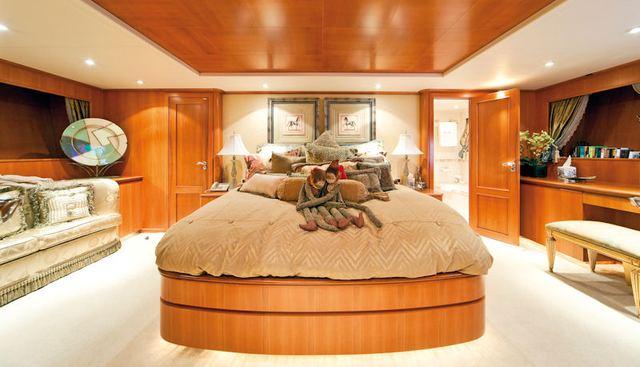 Lunacea Charter Yacht - 5