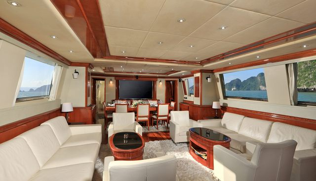 Demarest Charter Yacht - 6