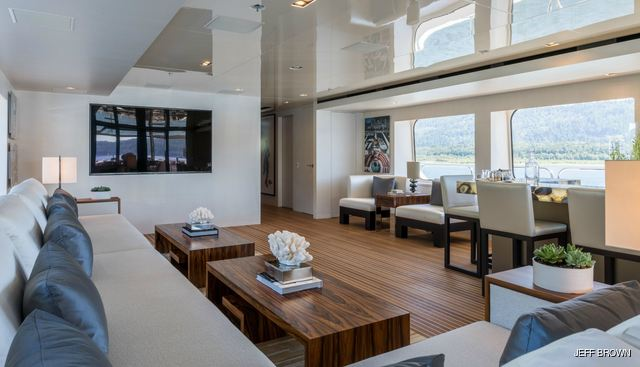 Chasseur Charter Yacht - 6