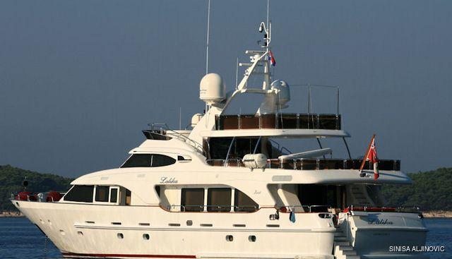 Escape S Charter Yacht