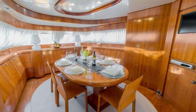 Zambezi Charter Yacht - 7