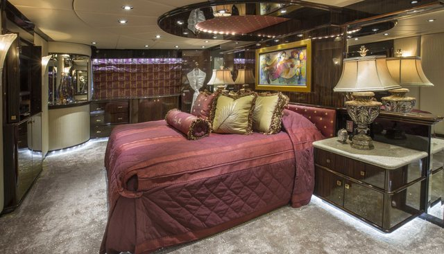 Lady Bee Charter Yacht - 8