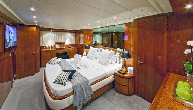 Synergy Y Charter Yacht - 6
