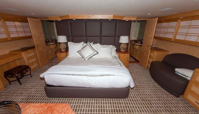 Island Vibe Charter Yacht - 2
