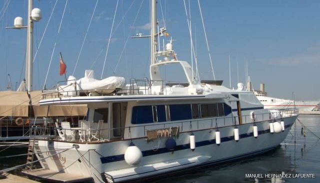 Carly Charter Yacht - 2