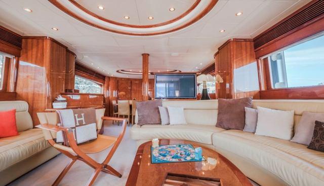 Beija Flore Charter Yacht - 7