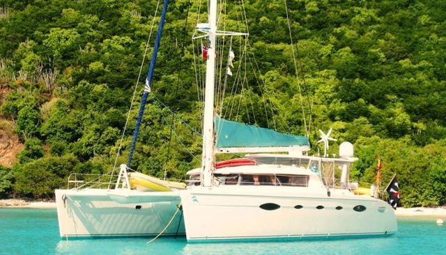 Delphine Charter Yacht